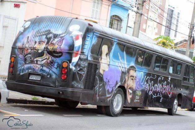 ônibus-barbearia foi criado em 2015
