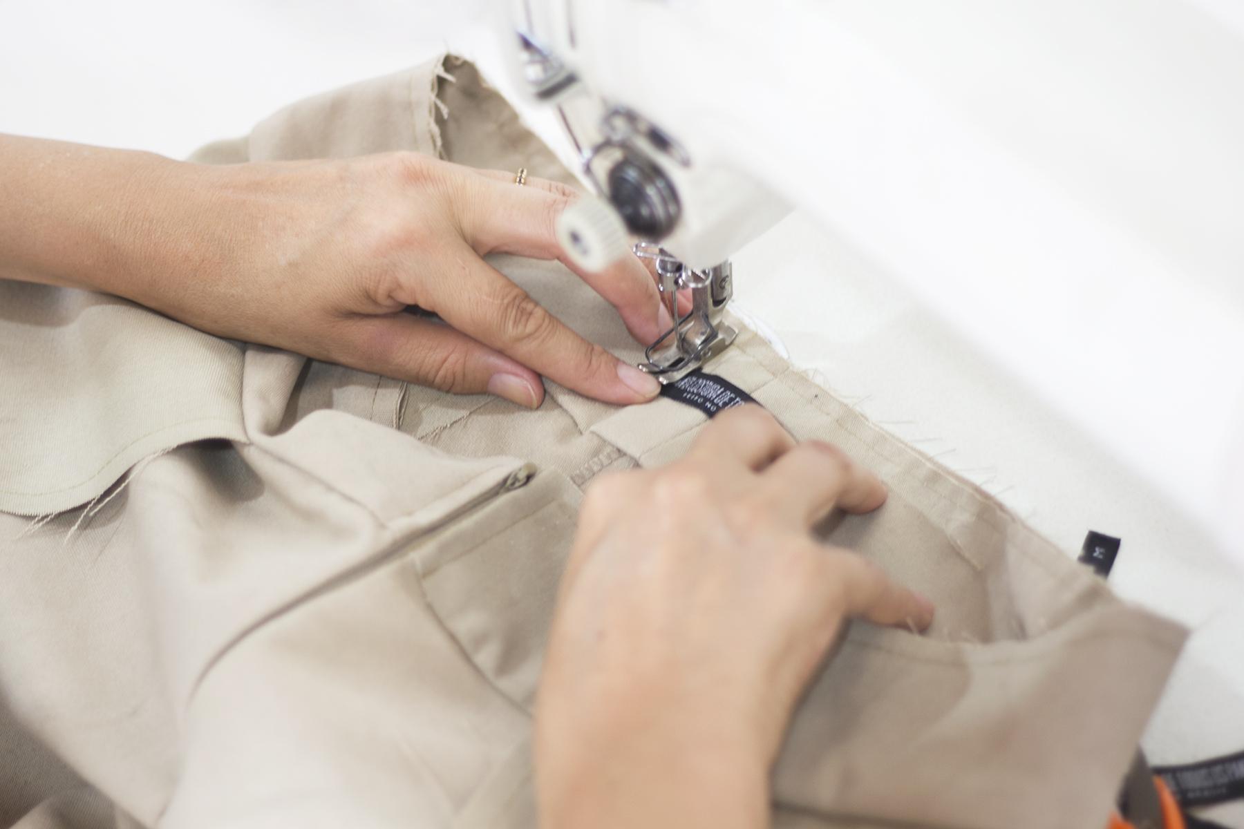 Marca slow fashion usa lonas e redes tirados do mar para criar coleção10