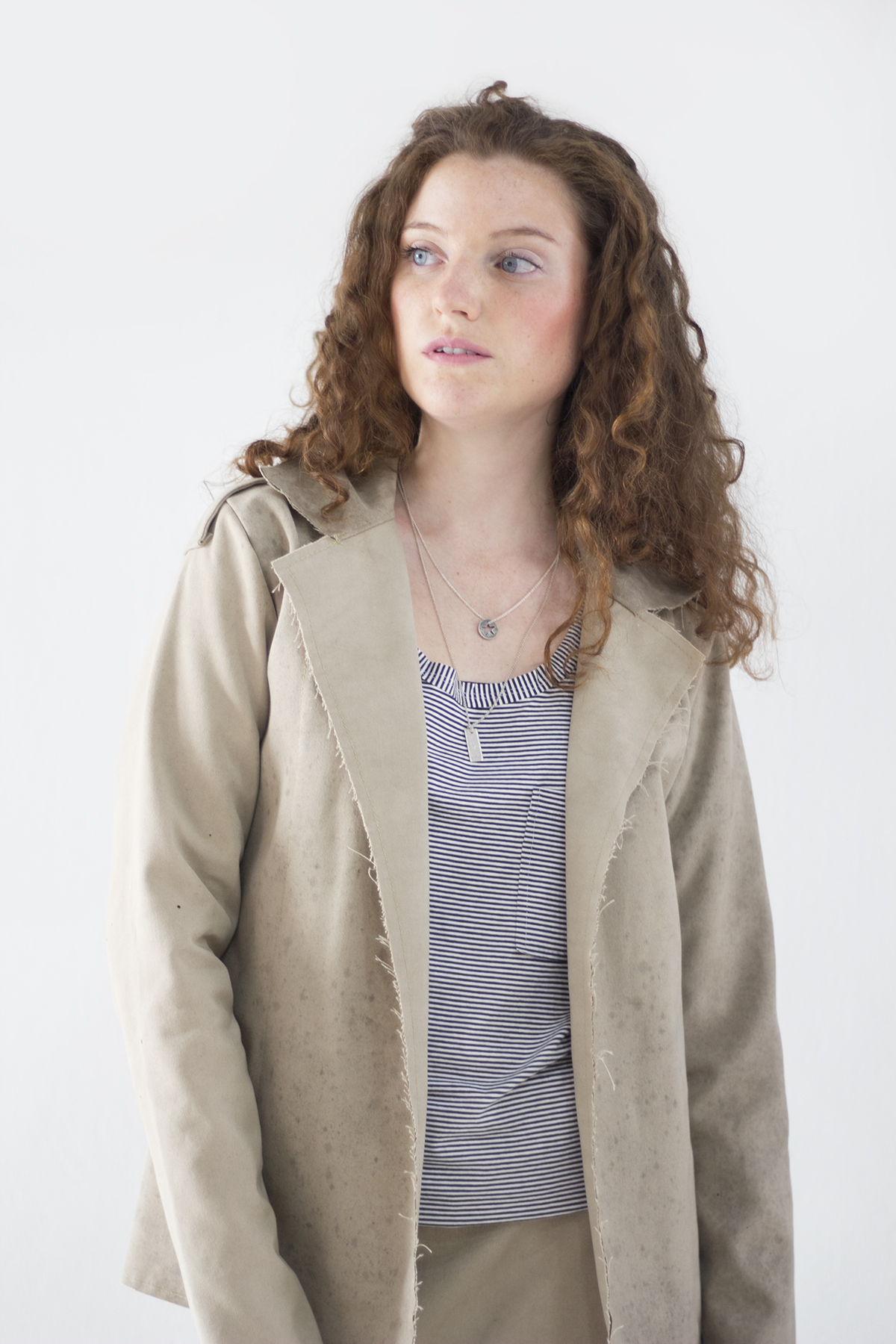 Marca slow fashion usa lonas e redes tirados do mar para criar coleção4