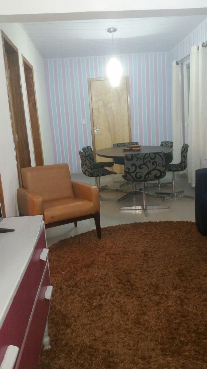 estudantes conseguiram móveis para Dona Nair