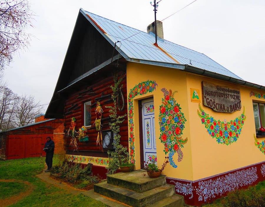vilarejo colorido na Polônia 3