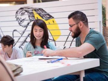 escola de idioma com professores refugiados