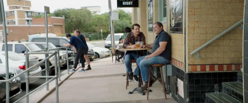casais gays são encorajadas a ficar de mãos dadas em público 2