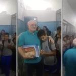 surpresa para professor emociona internautas