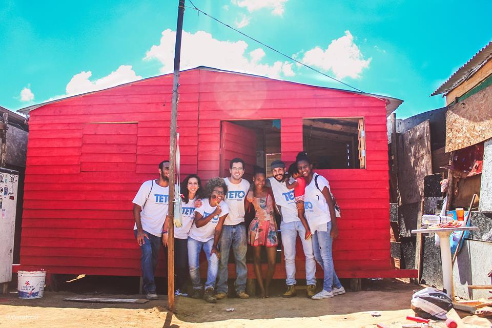 Marca de camisetas transforma vendas em ações sociais pelo Brasil 2