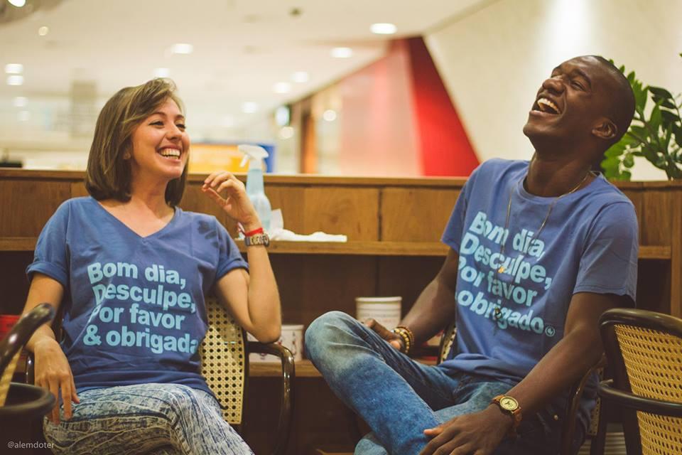 Marca de camisetas transforma vendas em ações sociais pelo Brasil