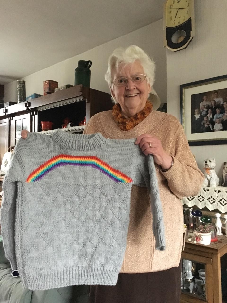 neta ganhou o presente da avó