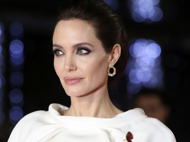 Angelina Jolie câncer de ovário