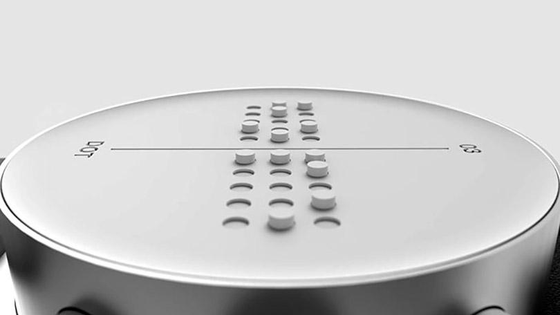 relógio exige mensagens do smartphone em Braile