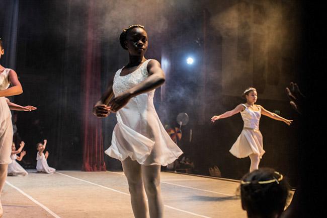 apresentação Balé no Quênia