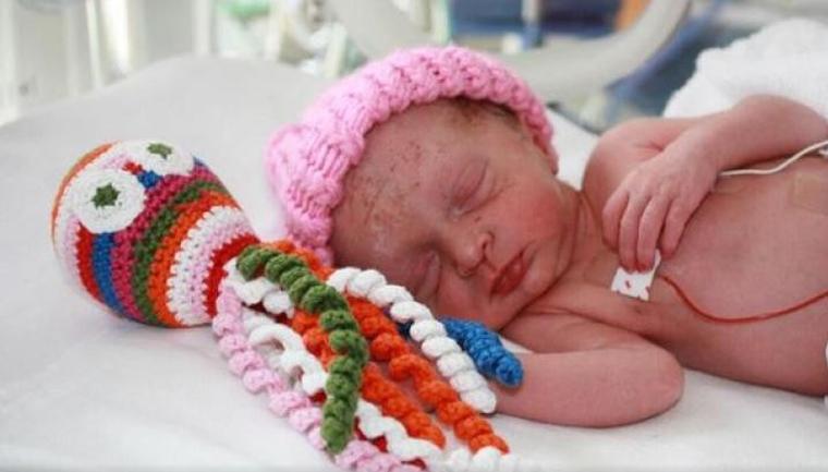 polvos feitos de croch234 tranquilizam beb234s prematuros no