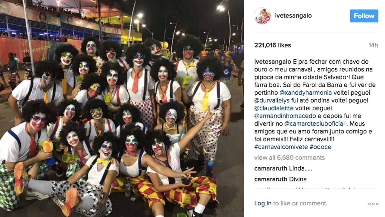 Ivete curte carnaval no chão em Salvador