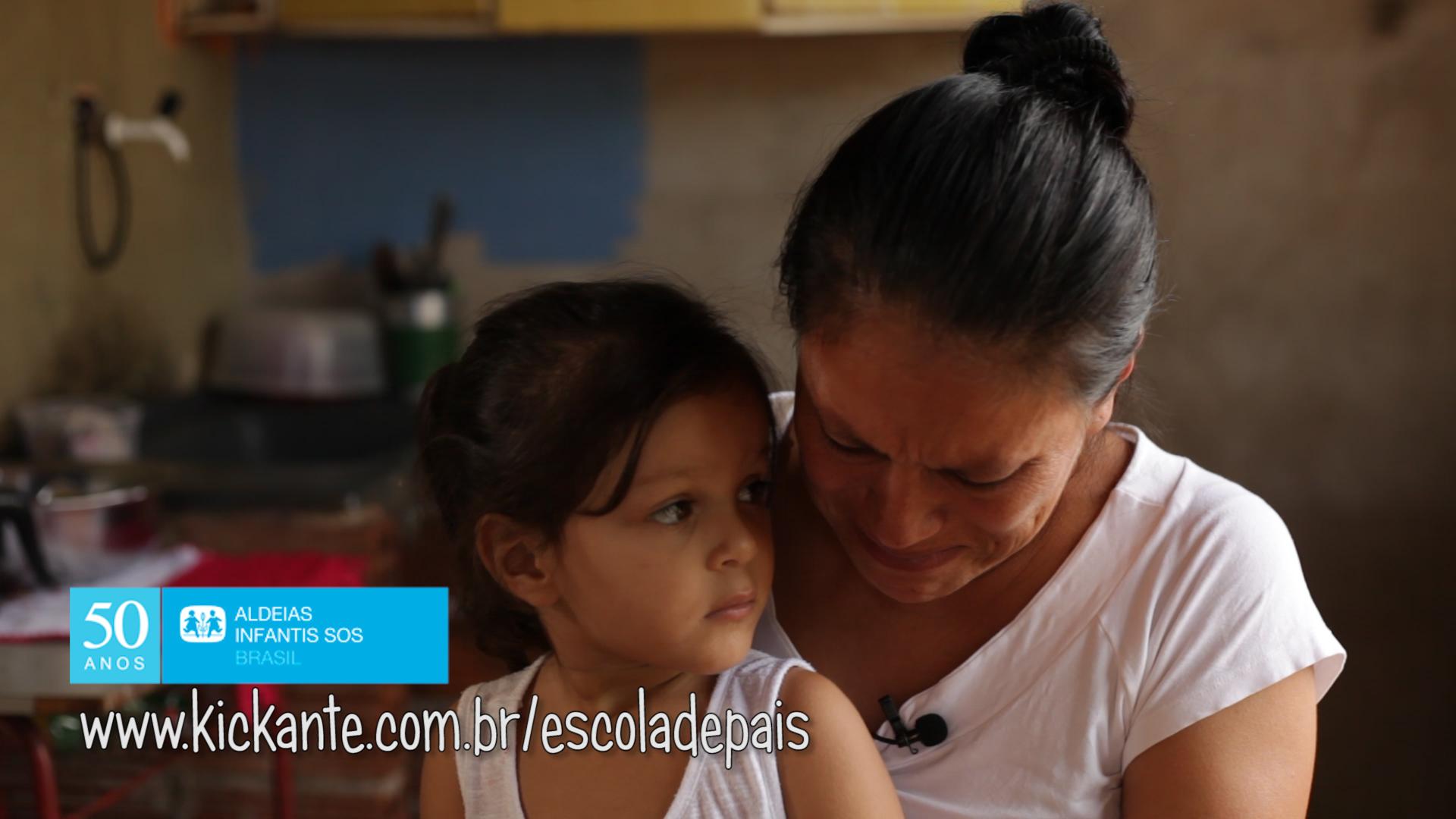 Escola de Pais evita crianças em abrigos, mas pode acabar por falta de verba 1