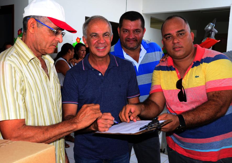O prefeito que está salvando a lavoura na Bahia com um projeto simples e eficiente. 2