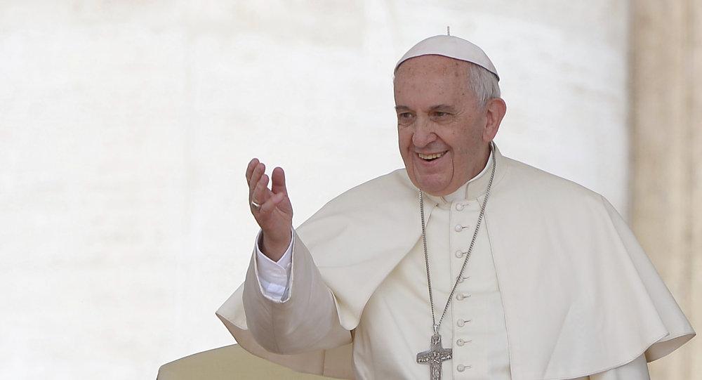lavanderia gratuita do papa