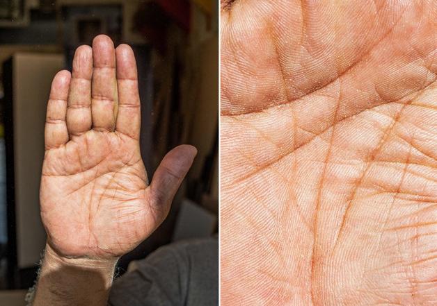 Fotógrafo conta a história de vida das pessoas através da palma de suas mãos 6