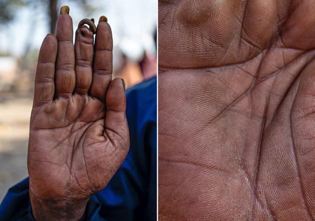 Fotógrafo conta a história de vida das pessoas através da palma de suas mãos 10
