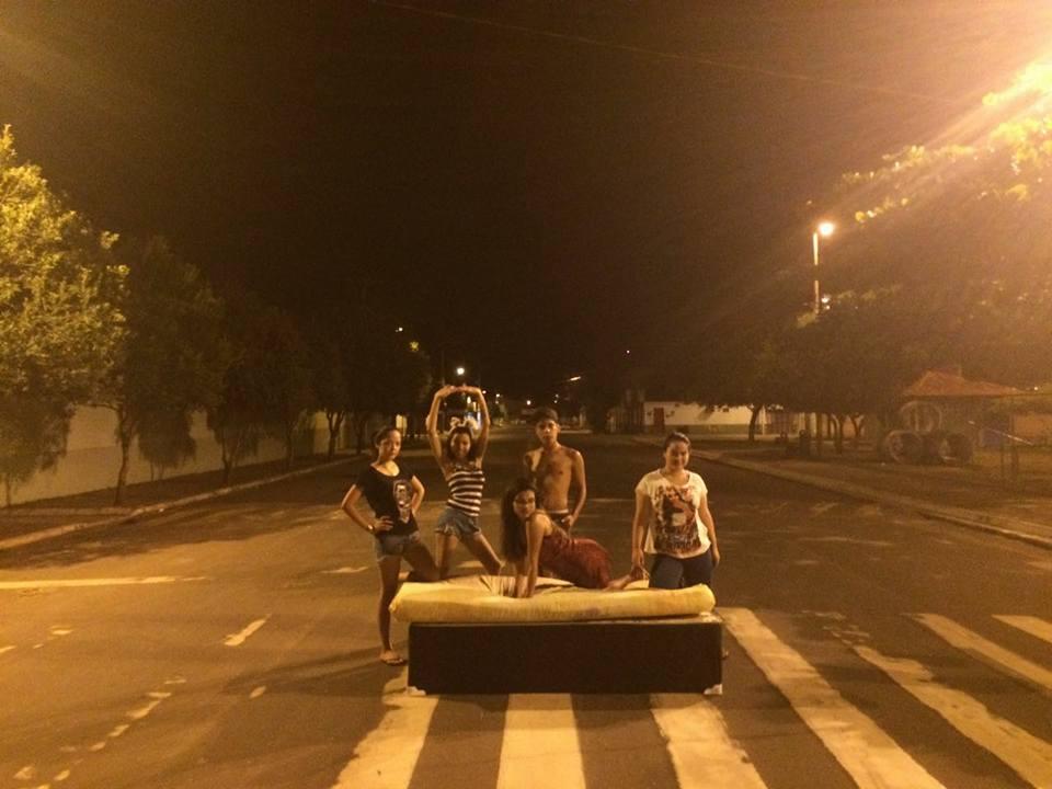 Mudança de casa vira diversão no Pará e o resultado são fotos hilárias 11