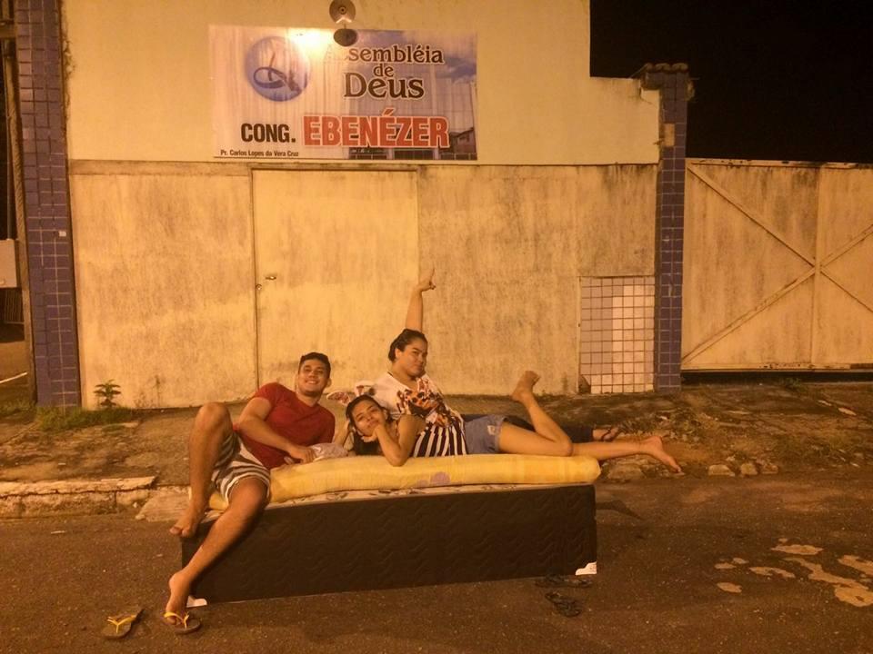 Mudança de casa vira diversão no Pará e o resultado são fotos hilárias 12