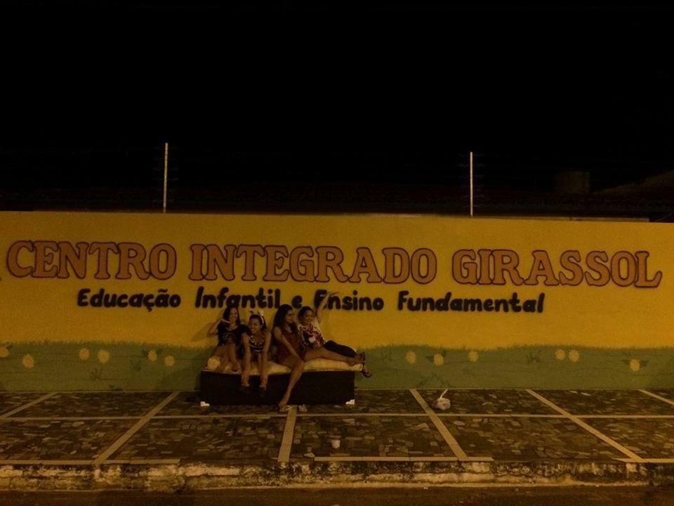 Mudança de casa vira diversão no Pará e o resultado são fotos hilárias 13