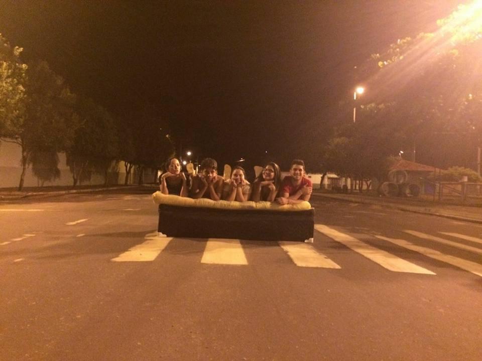 Mudança de casa vira diversão no Pará e o resultado são fotos hilárias 4