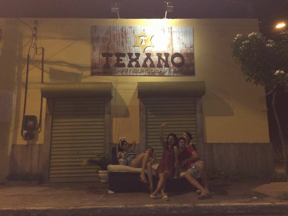 Mudança de casa vira diversão no Pará e o resultado são fotos hilárias 5
