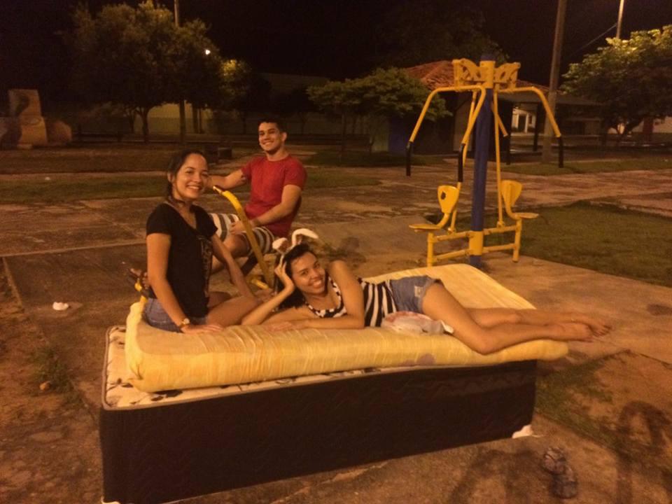 Mudança de casa vira diversão no Pará e o resultado são fotos hilárias 8
