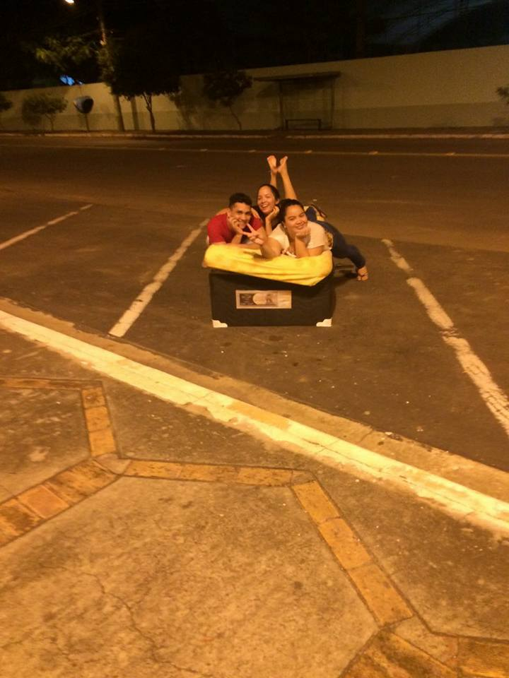 Mudança de casa vira diversão no Pará e o resultado são fotos hilárias 10