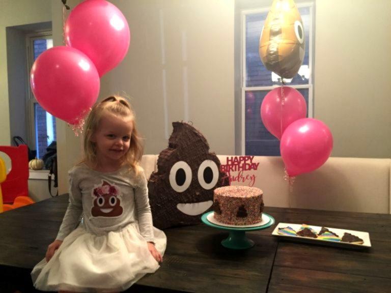 festa de aniversário tema cocô