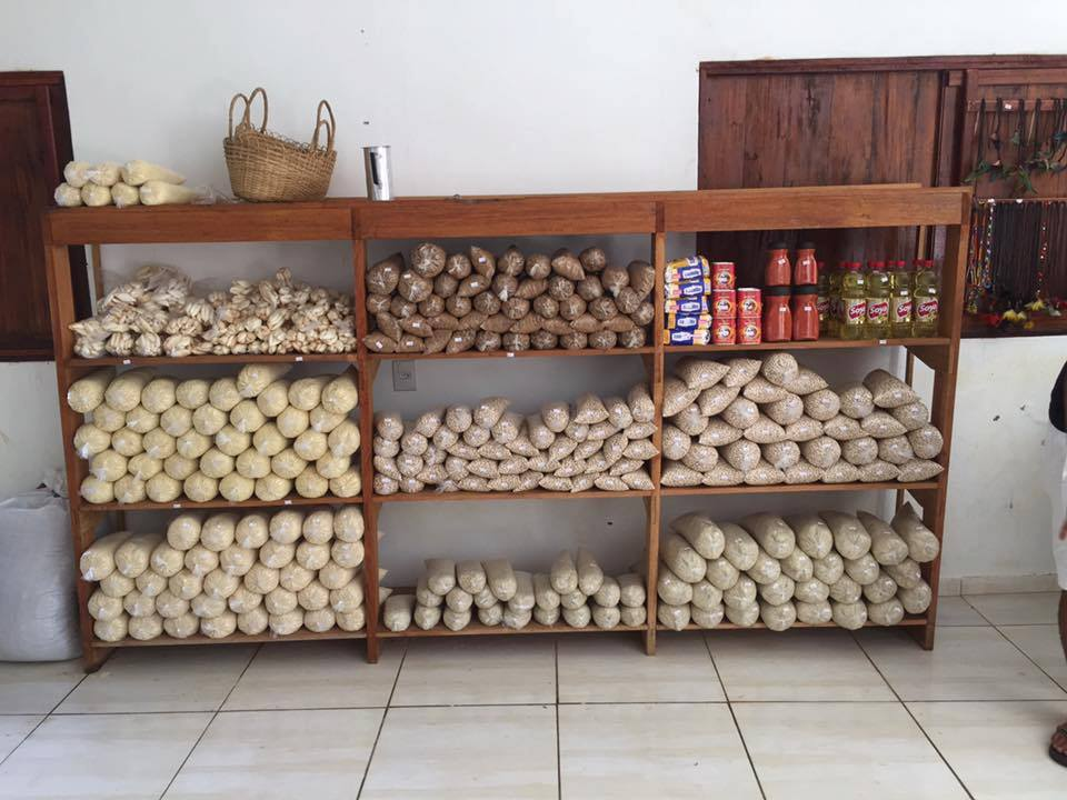 Supermercado no Acre permite trocar lixo reciclável por comida 2