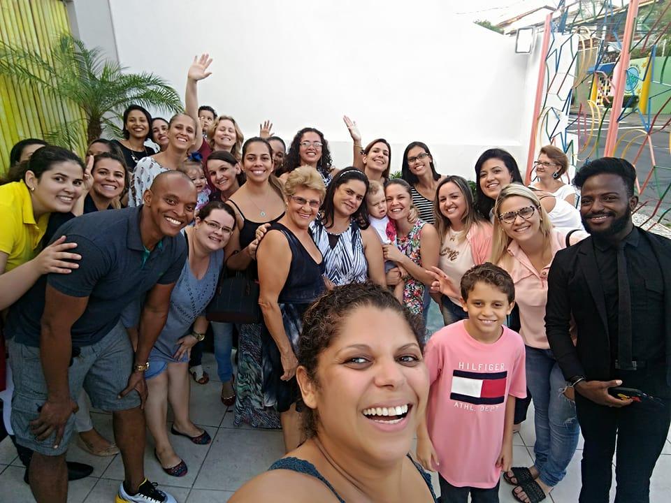 Pessoas se mobilizam para fazer festa de aniversário de menina moradora de rua em Salvador 2