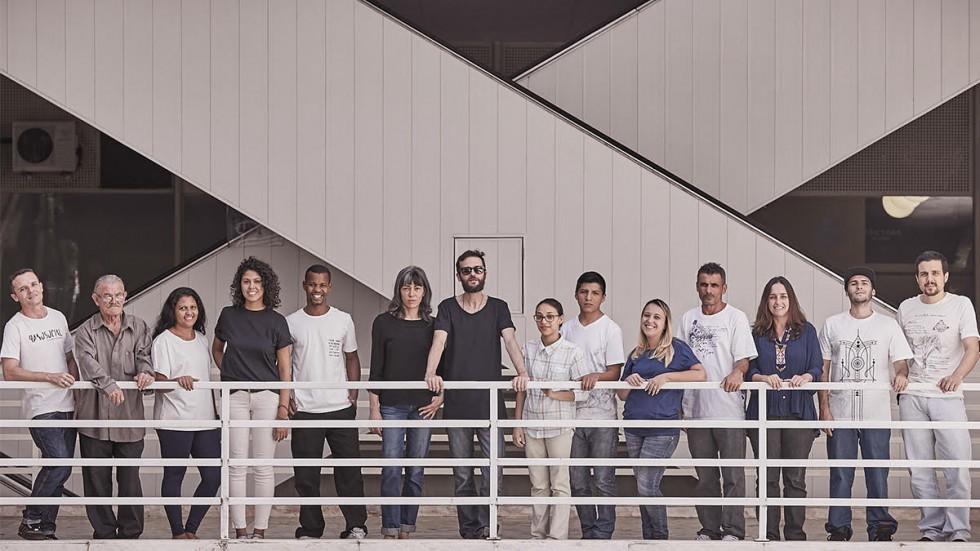 Marca de moda brasileira abriga ex-detentos como funcionários e usa 100% de algodão orgânico 7