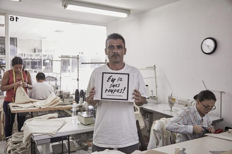 Marca de moda brasileira abriga ex-detentos como funcionários e usa 100% de algodão orgânico 9
