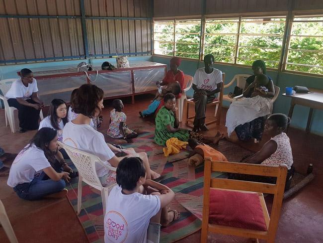 Brasileiros se unem para construir escola em Uganda e trocam aprendizados com o povo africano 2
