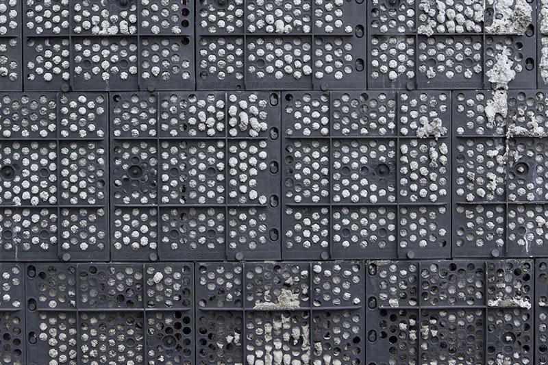 plástico-tijolos