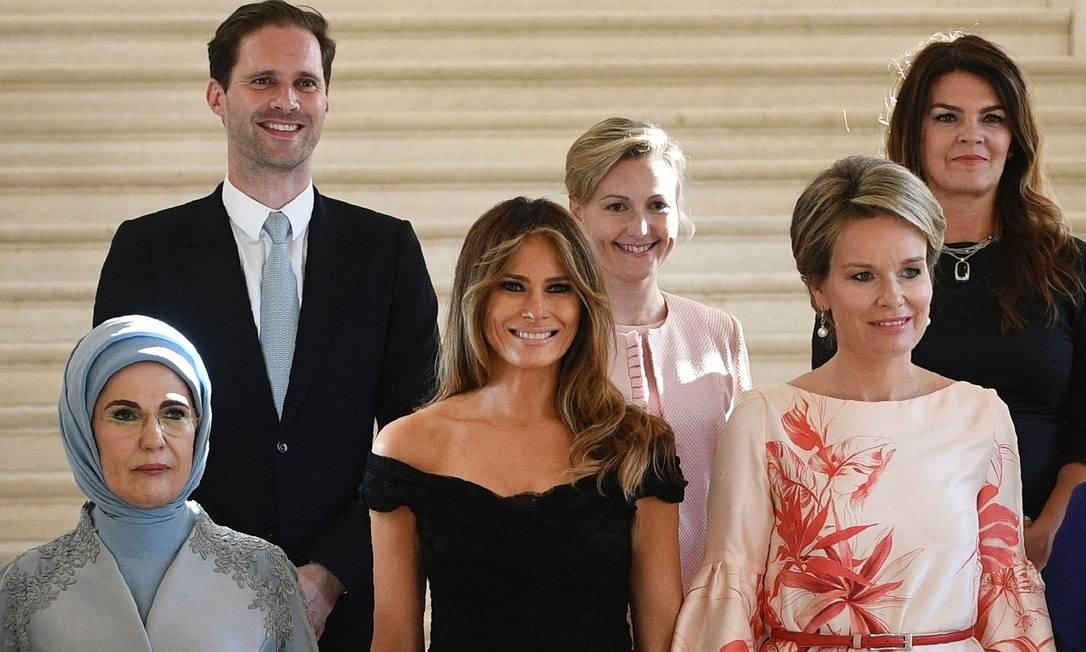 Foto do marido do primeiro-ministro de Luxemburgo com primeiras-damas faz sucesso 1
