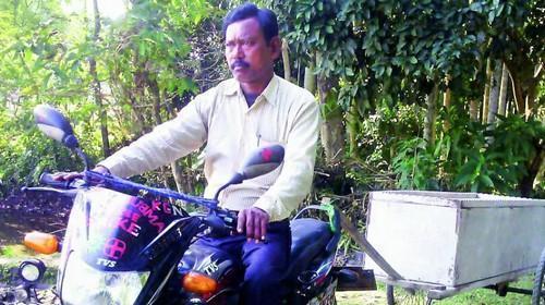 Homem Ambulância leva pacientes para hospital distante por conta própria 4