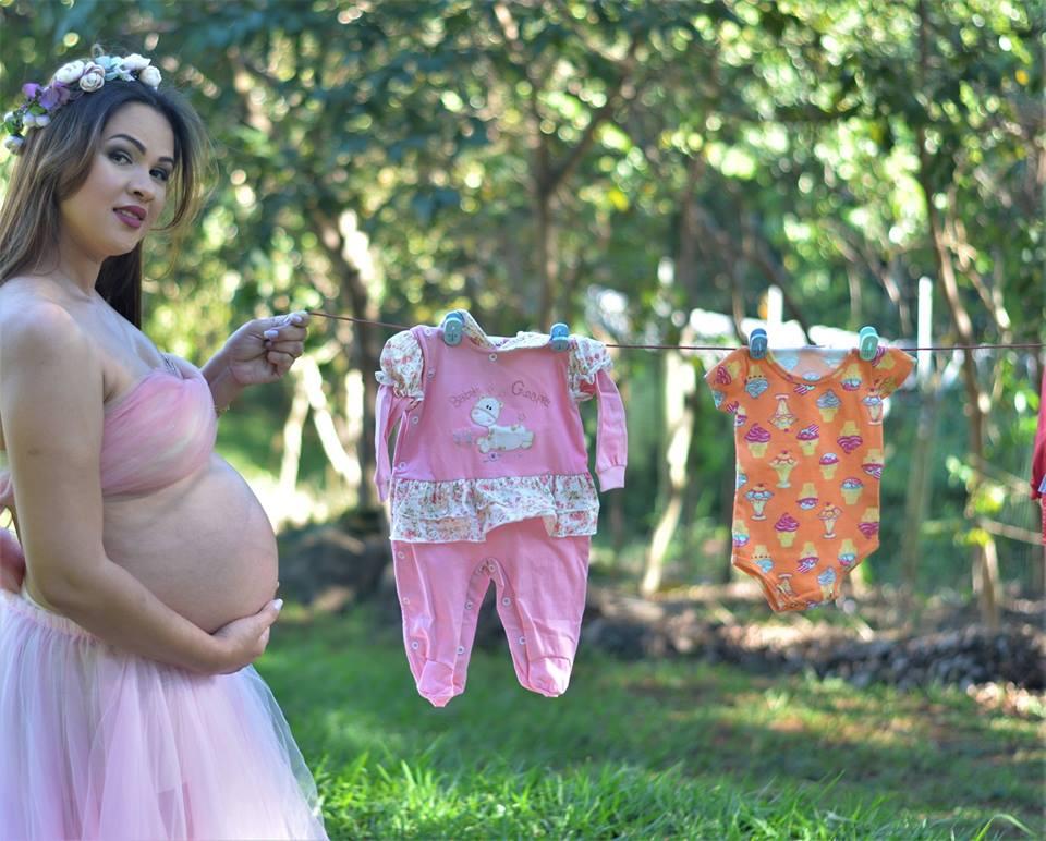 Enfermeira faz book de gestantes carentes para que elas não parem de cuidar da gravidez e faz exposição com as fotos 2