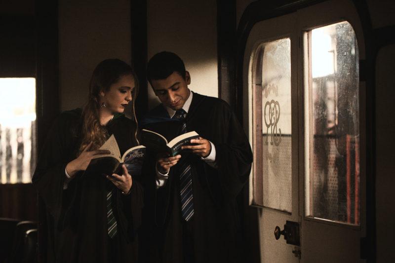 Casal brasileiro usa trem em São Paulo para ensaio inspirado em Harry Potter 5