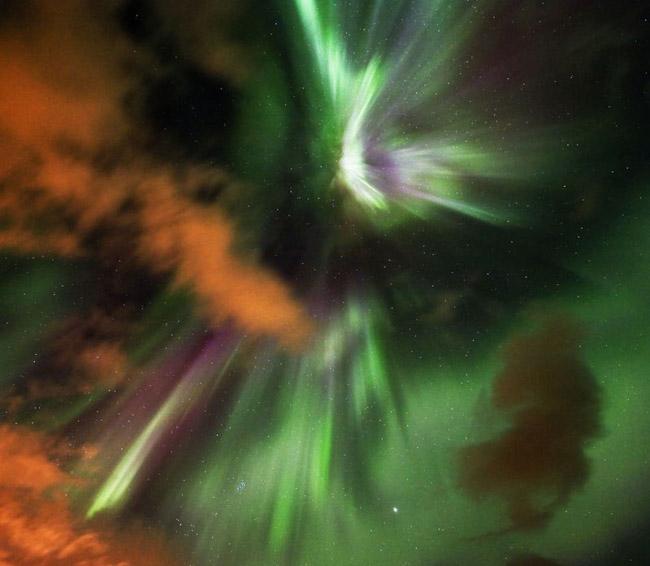 NASA divulga as 33 fotos mais surreais de auroras boreais pelo mundo 2