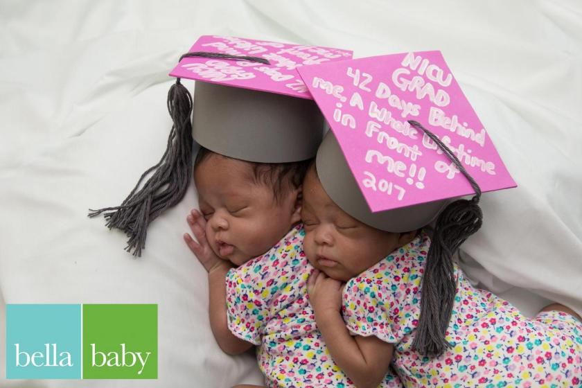 Hospital realiza cerimônias de graduação para bebês prematuros 4