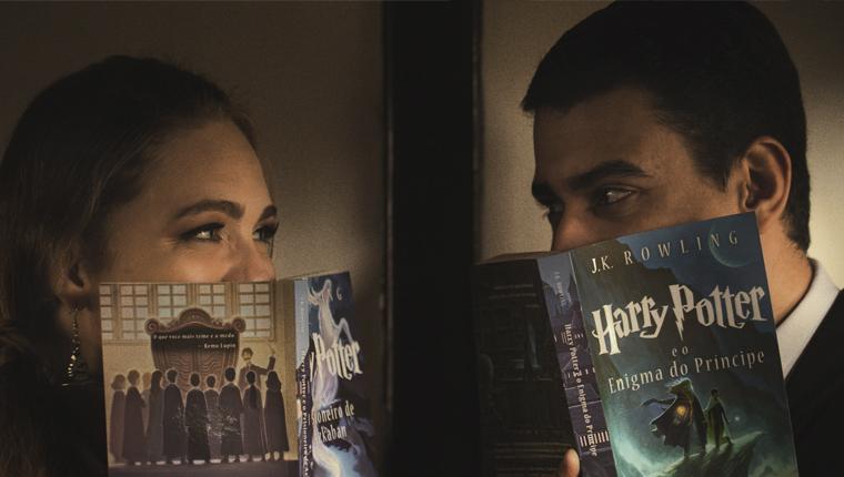 Casal brasileiro usa trem em São Paulo para ensaio inspirado em Harry Potter 1