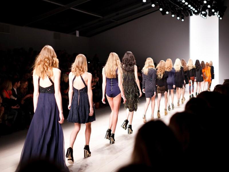 Vitória da sensatez: França proíbe modelos muito magras no mundo da moda 2
