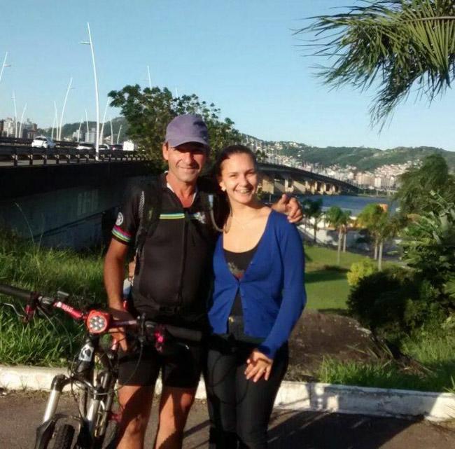 Ciclista sai de Porto Alegre e viaja mais de 1000 km para ver a filha em Florianópolis 2
