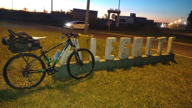 Ciclista sai de Porto Alegre e viaja mais de 1000 km para ver a filha em Florianópolis 5