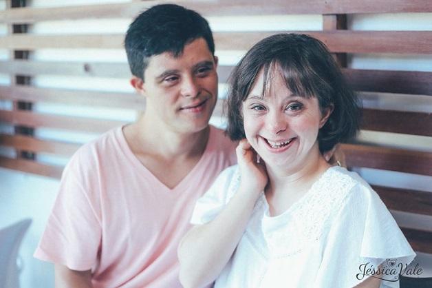 Casal com Síndrome de Down participa de um lindo ensaio que celebra o amor 2