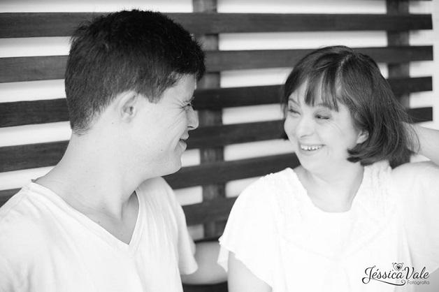 Casal com Síndrome de Down participa de um lindo ensaio que celebra o amor 5