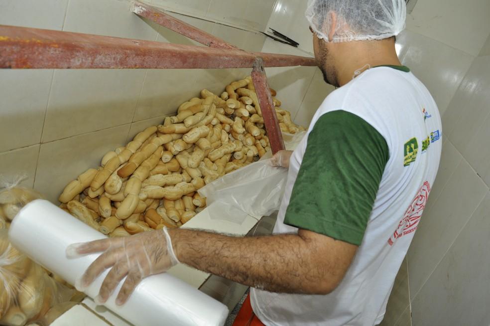 Detentos doam os próprios alimentos, kits de higiene e roupas para vítimas de enchentes em Pernambuco 3