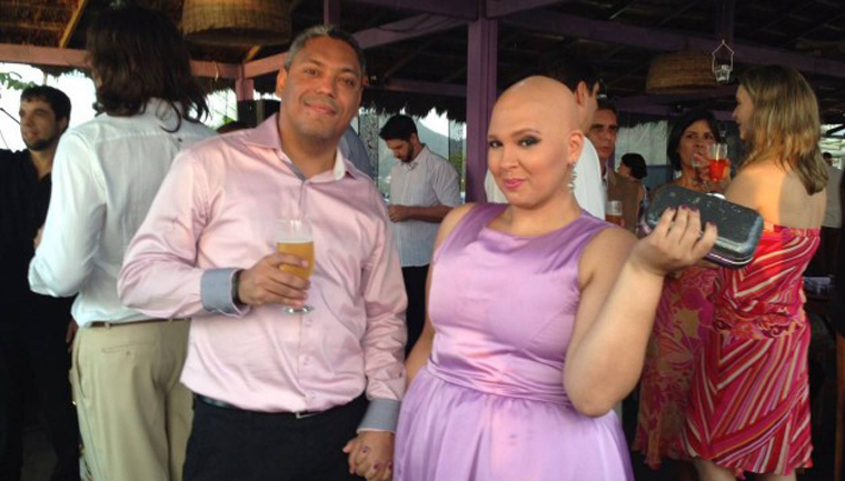 """Noiva com câncer terminal faz vaquinha para se casar: """"Ele nunca saiu do meu lado"""" 1"""