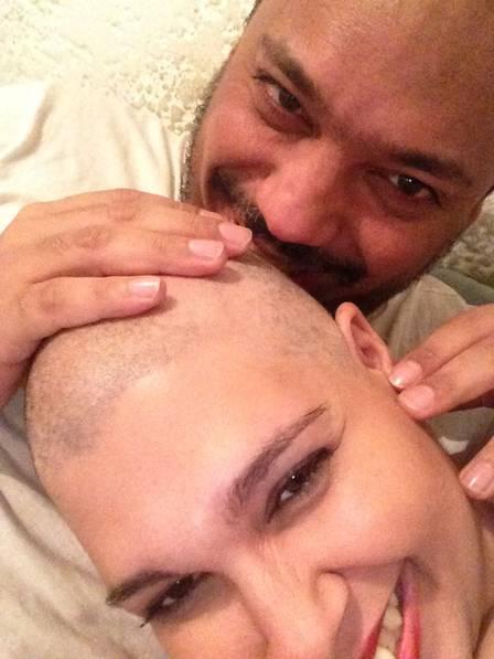 """Noiva com câncer terminal faz vaquinha para se casar: """"Ele nunca saiu do meu lado"""" 2"""